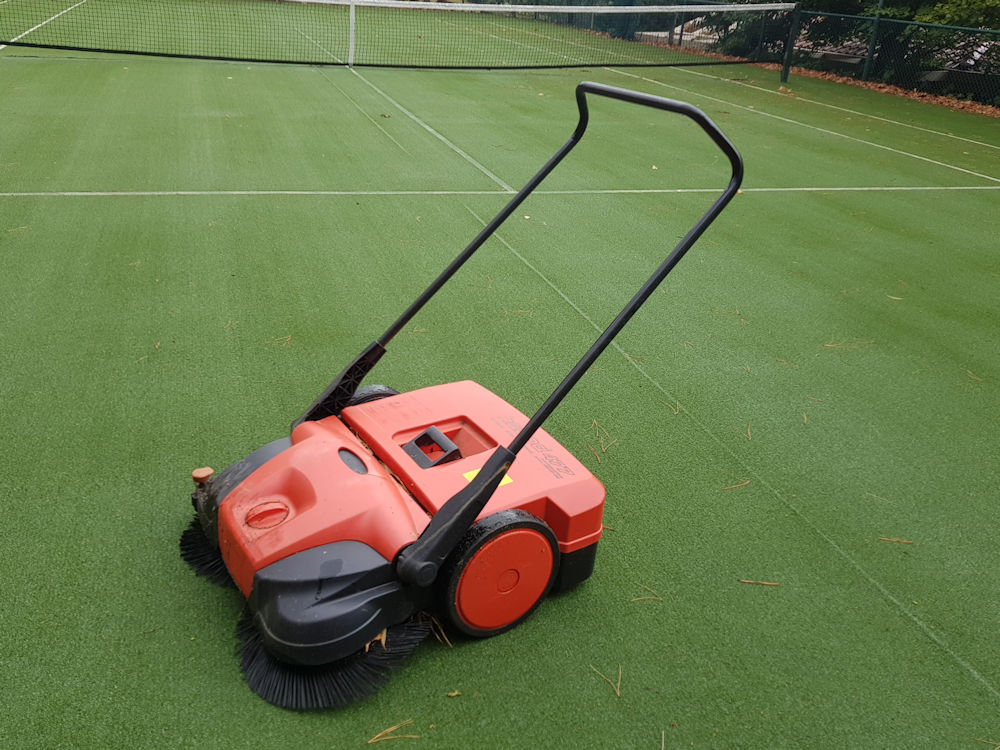 Tennis court Sweeper Melbourne
