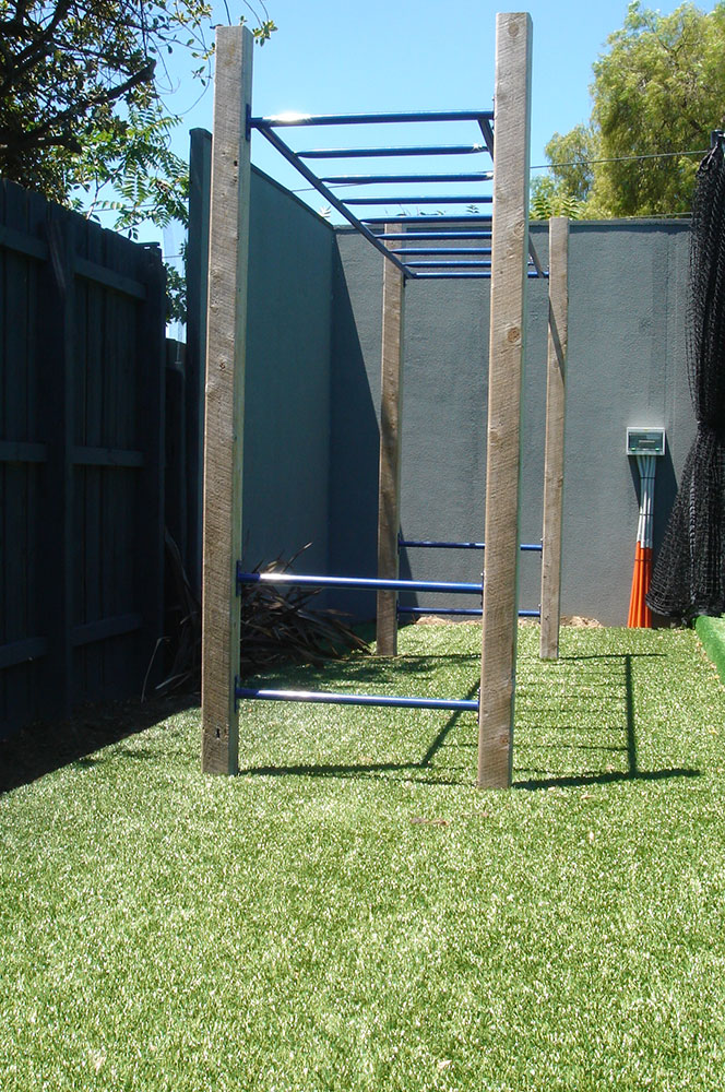 Ultracourts - Court Accessories - Monkey Bars
