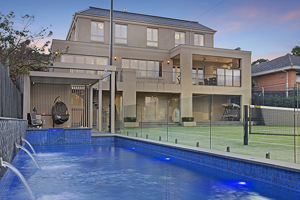Ultracourts - Pool & Tennis Court Packages
